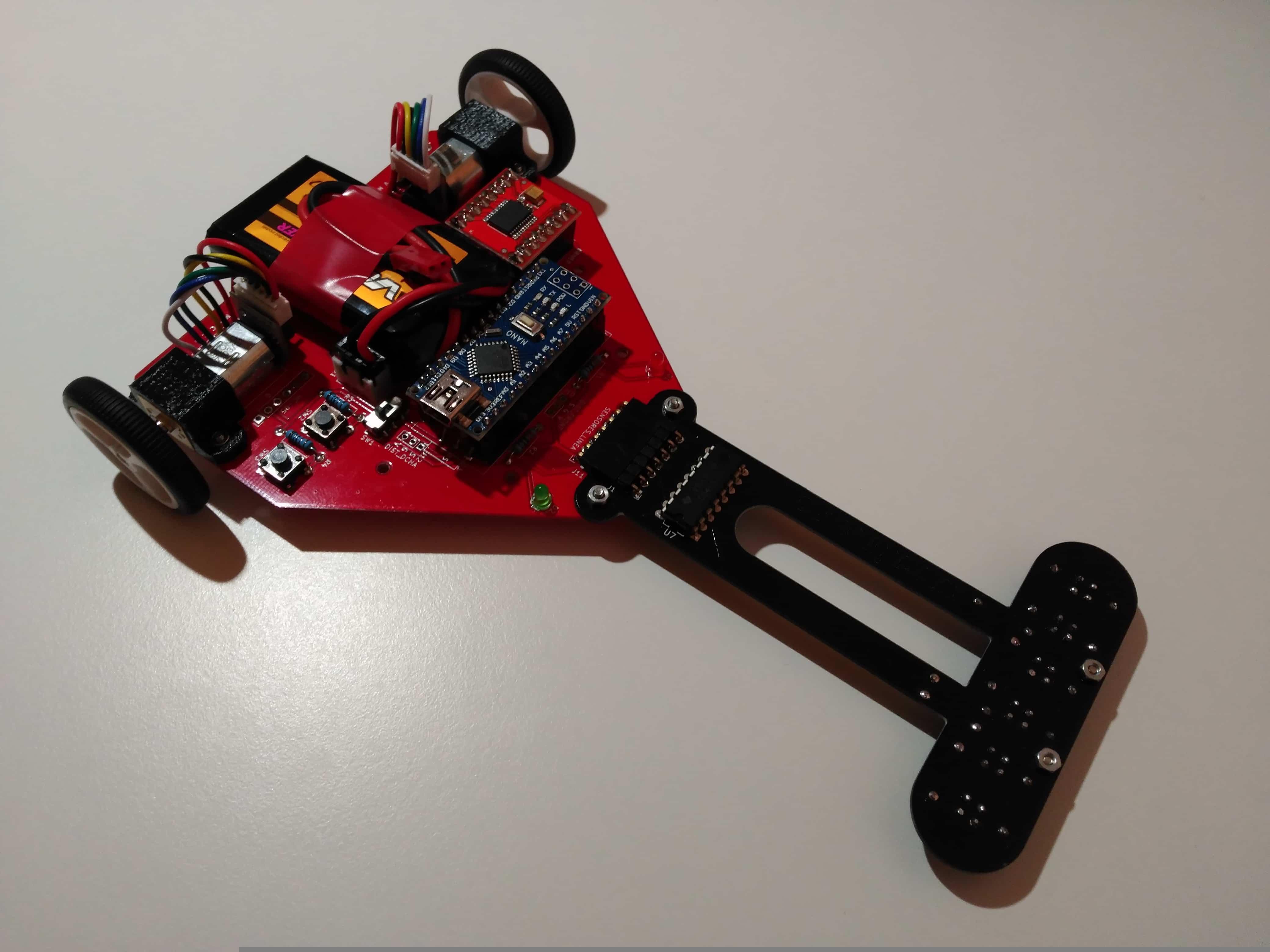 Imagen del robot velocista de hardware abierto Cyclops